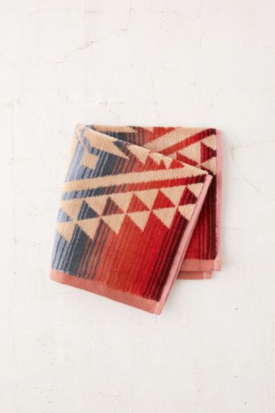 Pendleton Canyonlands Face Towel - Pink One Size at Urban Outfitters