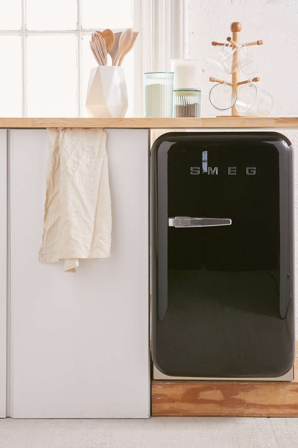 Slide View: 1: SMEG Mini Refrigerator