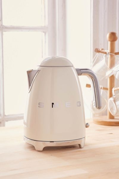 SMEG Electric Kettle - Cream One Size at Urban Outfitters
