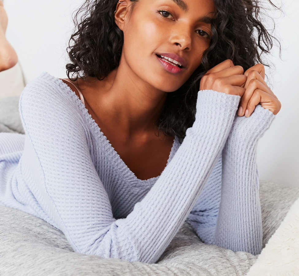 Slide View: 3: Out From Under Oversized Cozy Thermal V-Neck Top