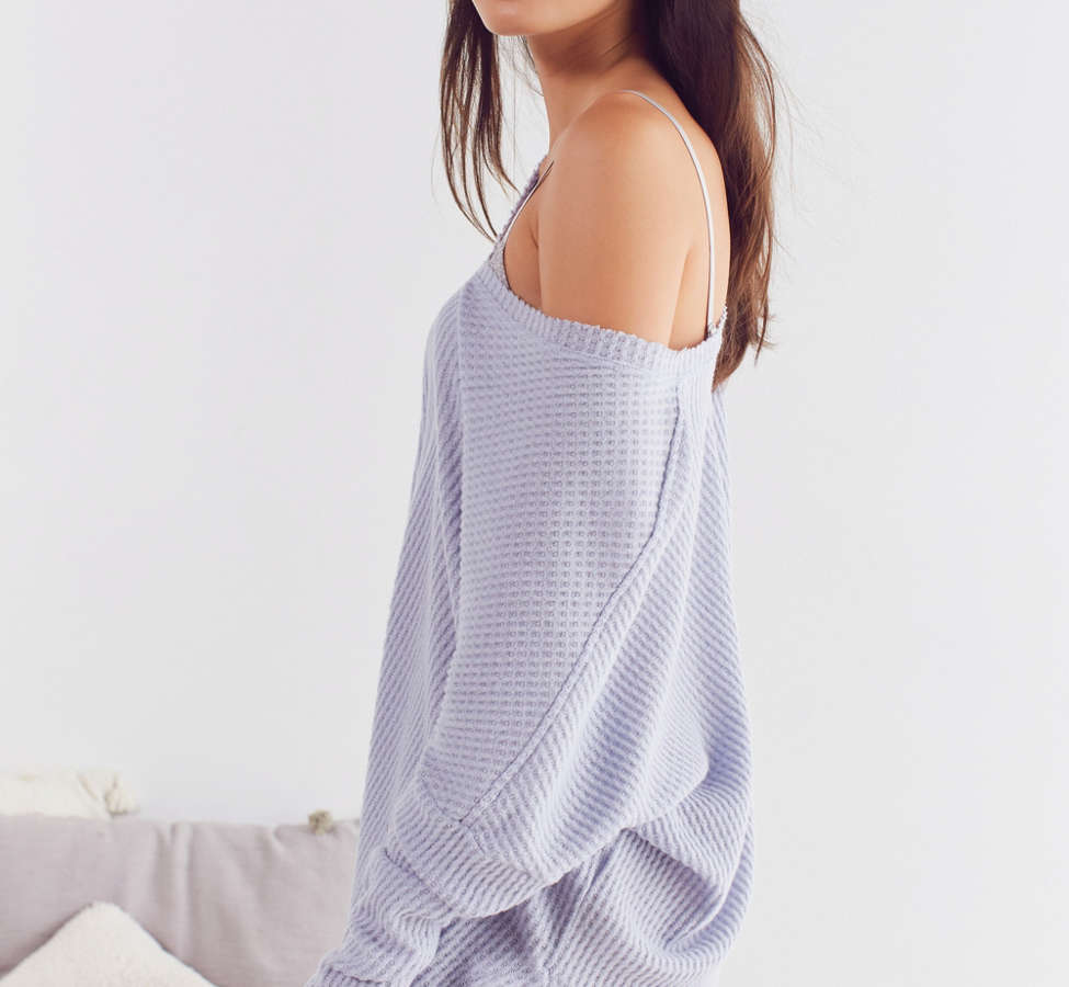 Slide View: 6: Out From Under Oversized Cozy Thermal V-Neck Top