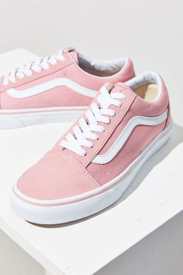 vans pink old skool sneaker urban outfitters. Black Bedroom Furniture Sets. Home Design Ideas