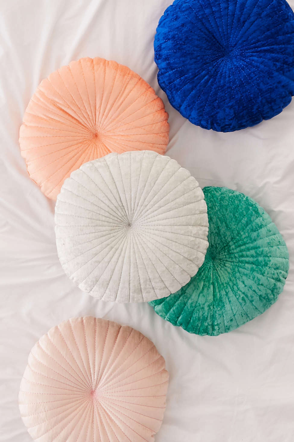 Slide View: 1: Shelly Round Velvet Pillow