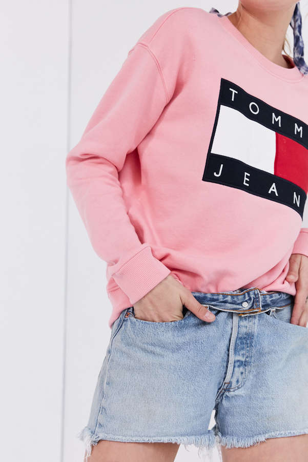 73effe7a Tommy Jeans For UO '90s Pullover Sweatshirt