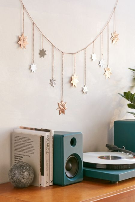 Room accessories room decor urban outfitters for Room decor canada