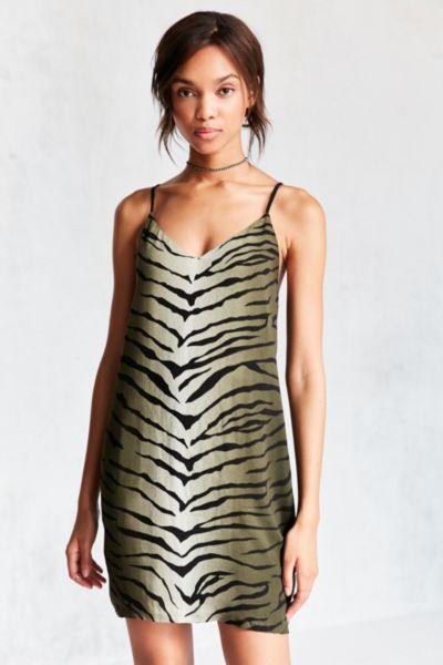 Ecote Celeste V-Neck Mini Printed Slip Dress