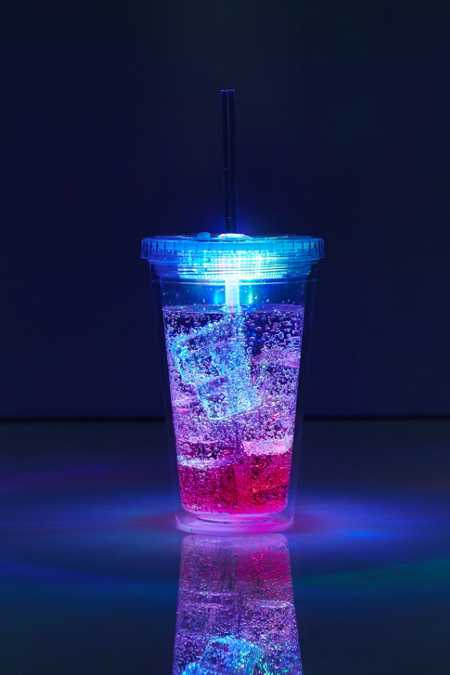 LED Light-Up Sipper Cup