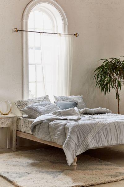 Ruffle Comforter