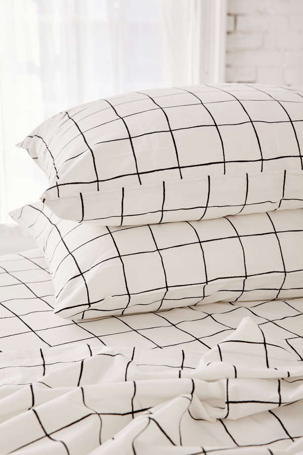 Wonky Grid Sheet Set Urban Outfitters