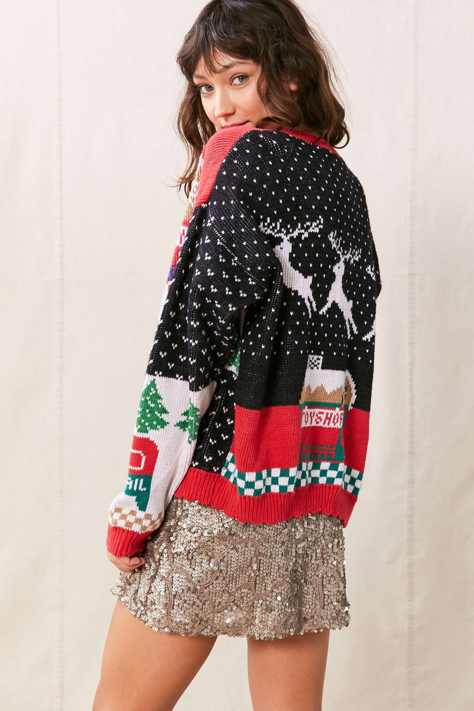 http://www.urbanoutfitters.com/urban/catalog/productdetail.jsp?id=40796294&color=000&category=MORE_IDEAS