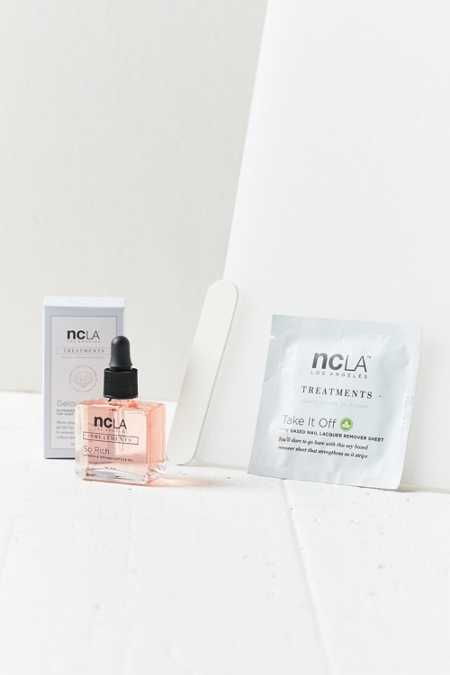 ncLA So Over The Top! Nail Kit