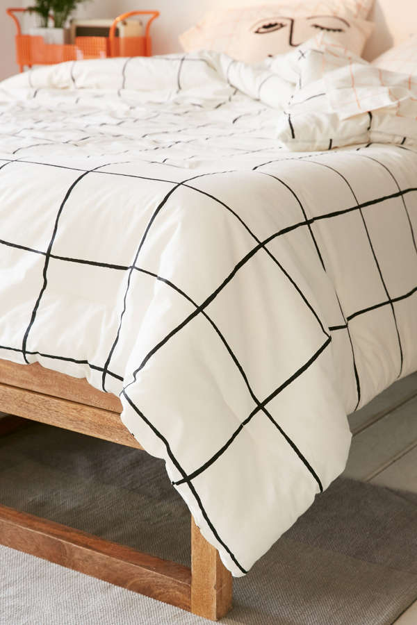 Wonky Grid Comforter Snooze Set Urban Outfitters
