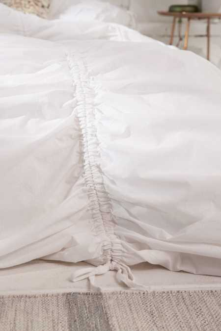 Slide View: 3: Cinched Duvet Cover
