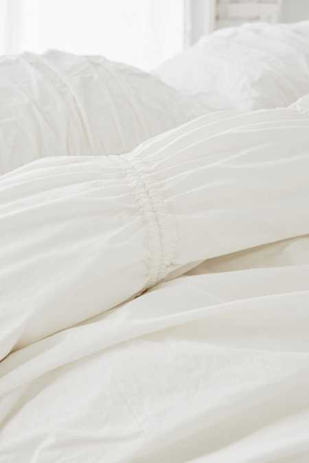 Slide View: 4: Cinched Duvet Cover