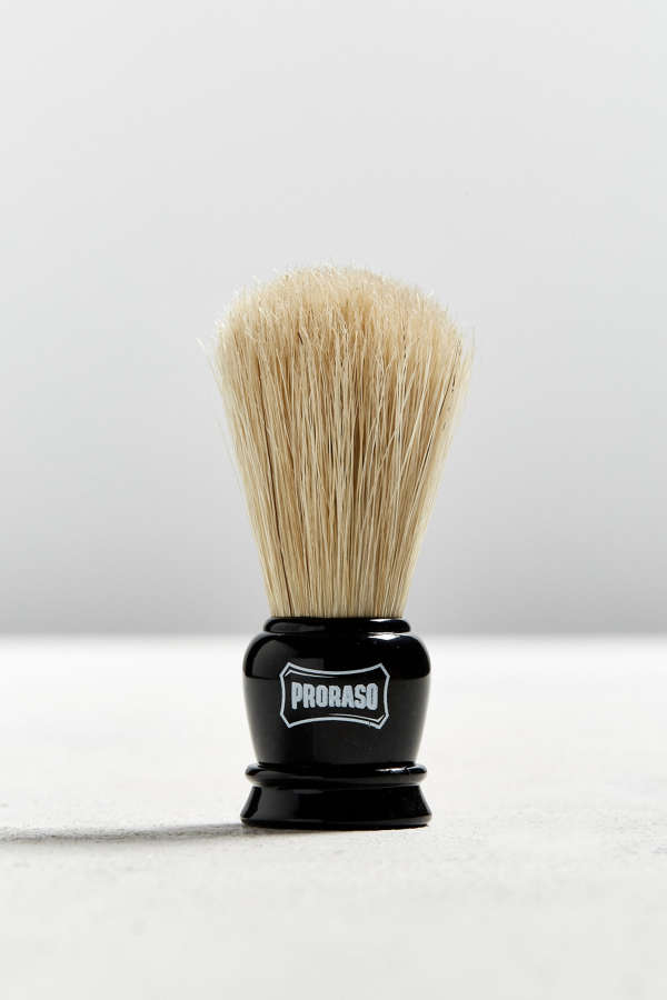 proraso travel shave kit urban outfitters. Black Bedroom Furniture Sets. Home Design Ideas
