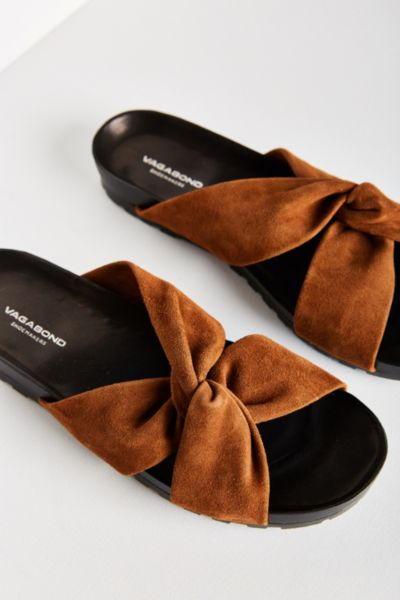 Vagabond Erie Slide - Brown 40 EURO at Urban Outfitters