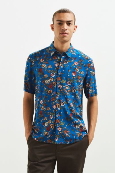 UO Rose Vineyard Rayon Short Sleeve Button-Down Shirt - Blue XS at Urban Outfitters