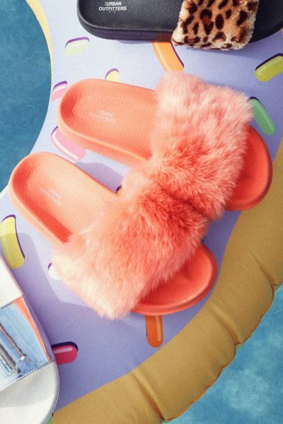 UO Faux Fur Pool Slide - Pink 6. at Urban Outfitters
