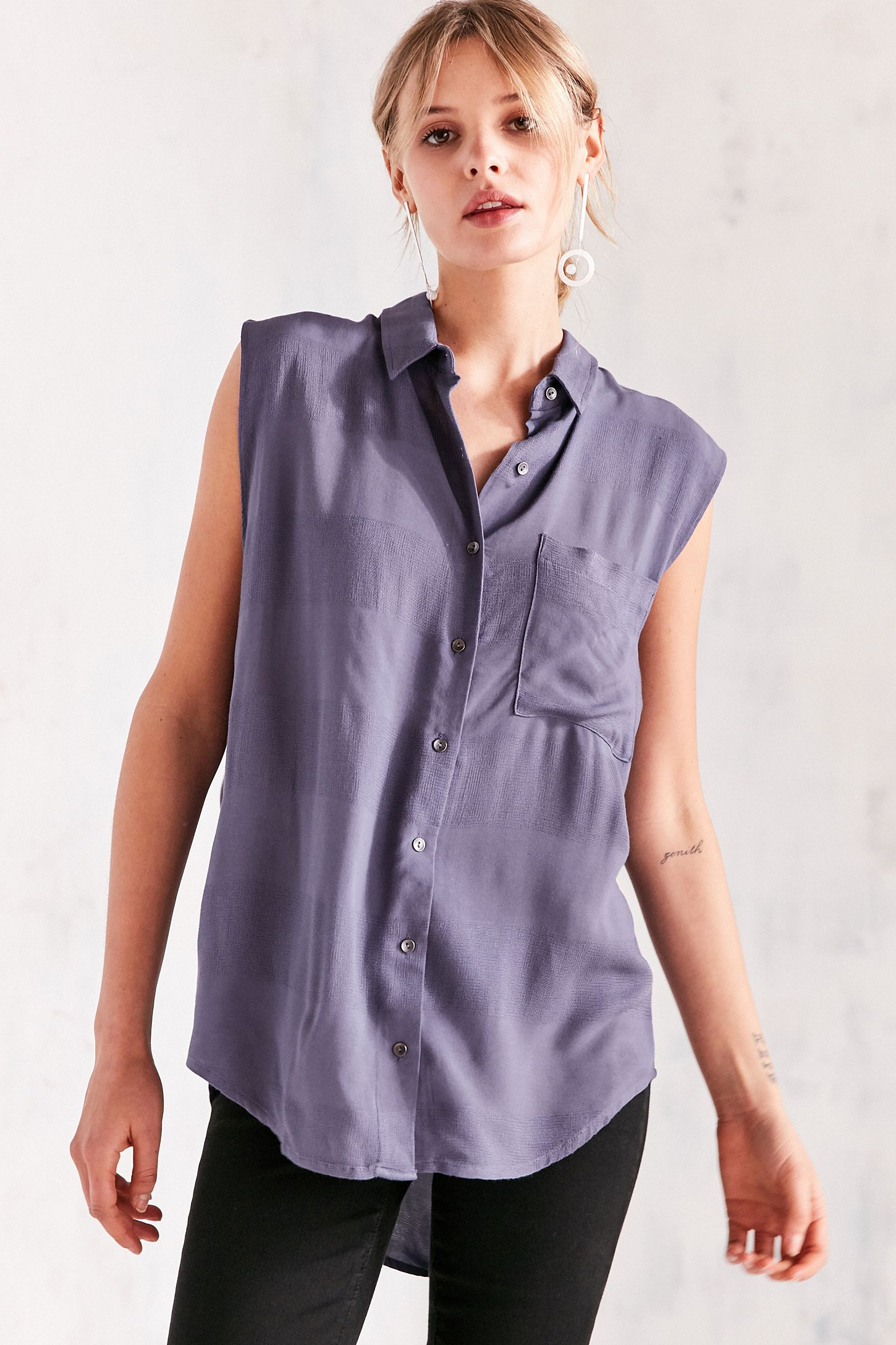 cde9e003 Silence + Noise Simone Button-Down Tank Muscle Top | Urban Outfitters