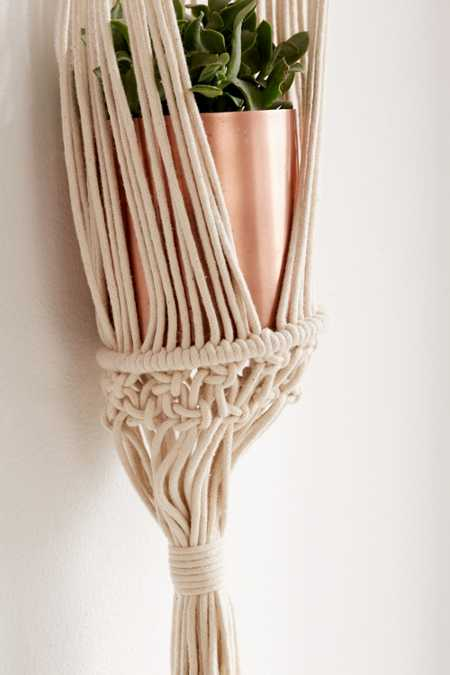 Slide View: 3: Small Macramé Hanging Wall Planter