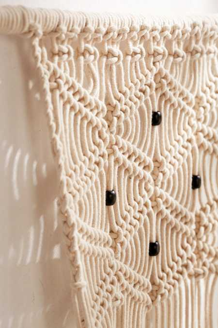 Slide View: 4: Small Macramé Hanging Wall Planter