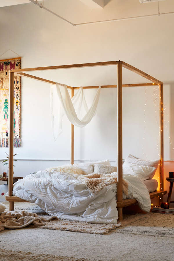 Slide View: 1: Eva Wooden Canopy Bed