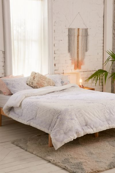 Amalie Medallion Comforter Urban Outfitters