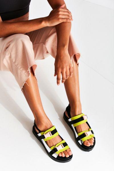 Speed Clip Sandal