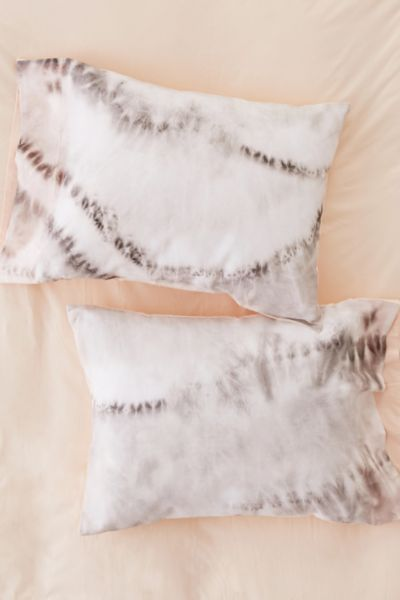 Neutral Tie-Dye Reversible Pillowcase Set - Neutral One Size at Urban Outfitters