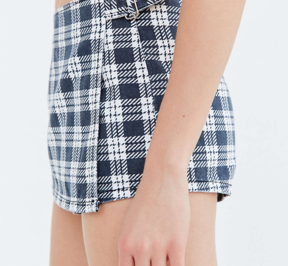 Slide View: 3: BDG Hopskotch Plaid Skort