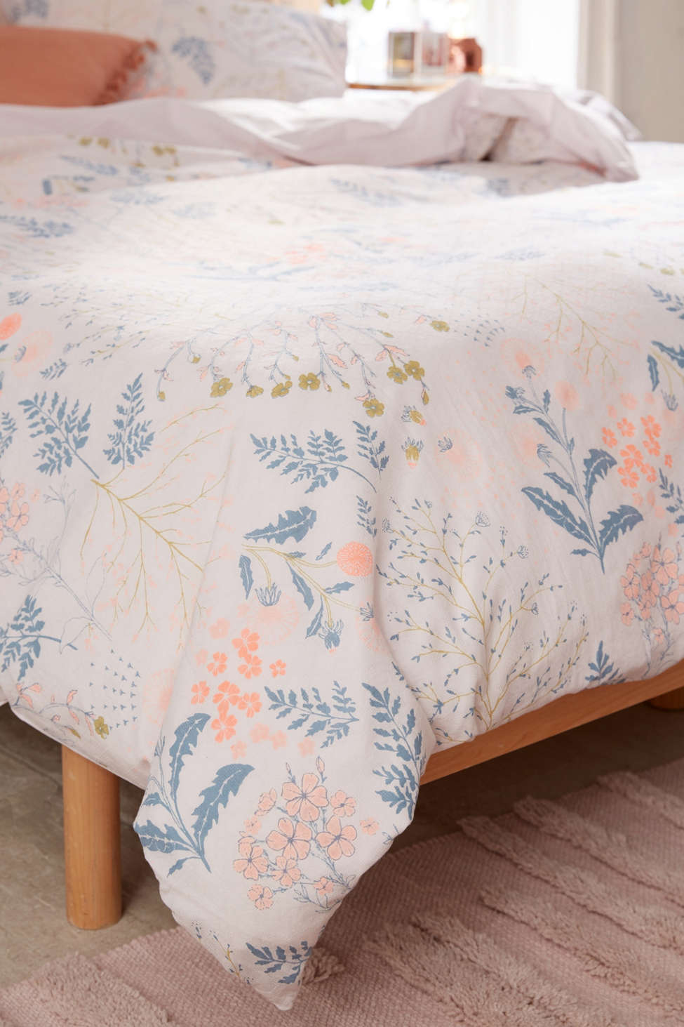 Lillian Floral Duvet Cover Urban Outfitters
