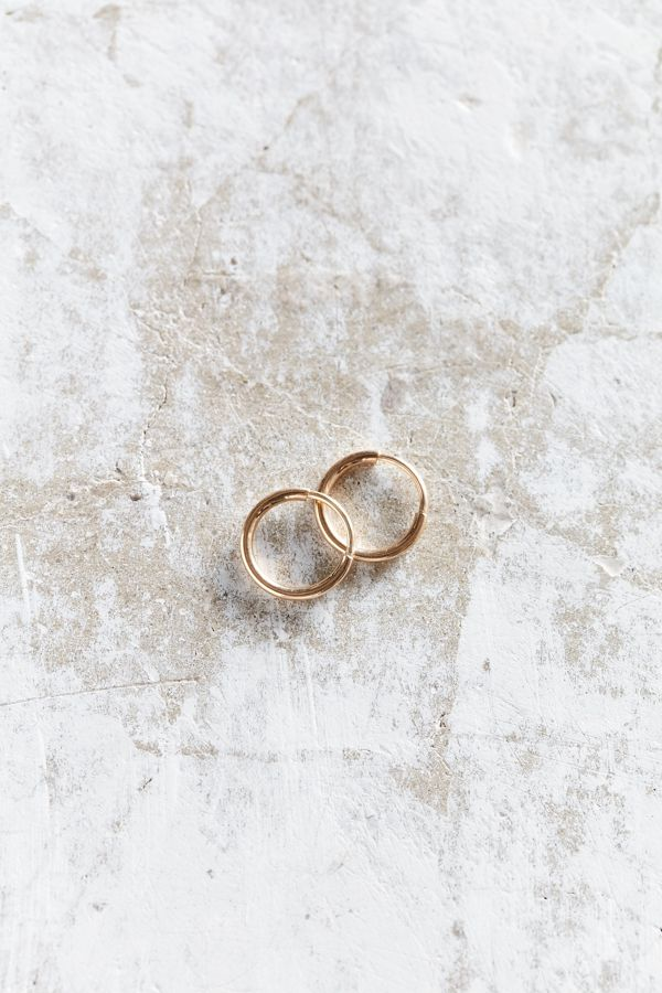 Seoul Little X UO 18k Gold Small Hoop Earring | Urban Outfitters