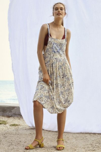 Your Perfect Vacation Outfit; urban outfitters overall dress