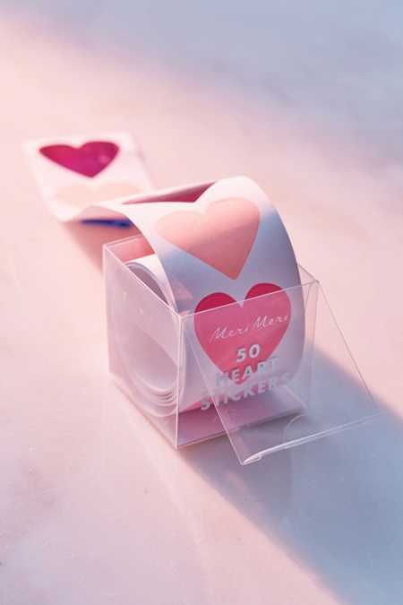 Meri Meri Heart Sticker Roll
