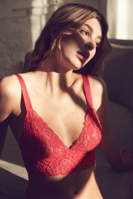 Out From Under Margeaux Lace Longline Bra