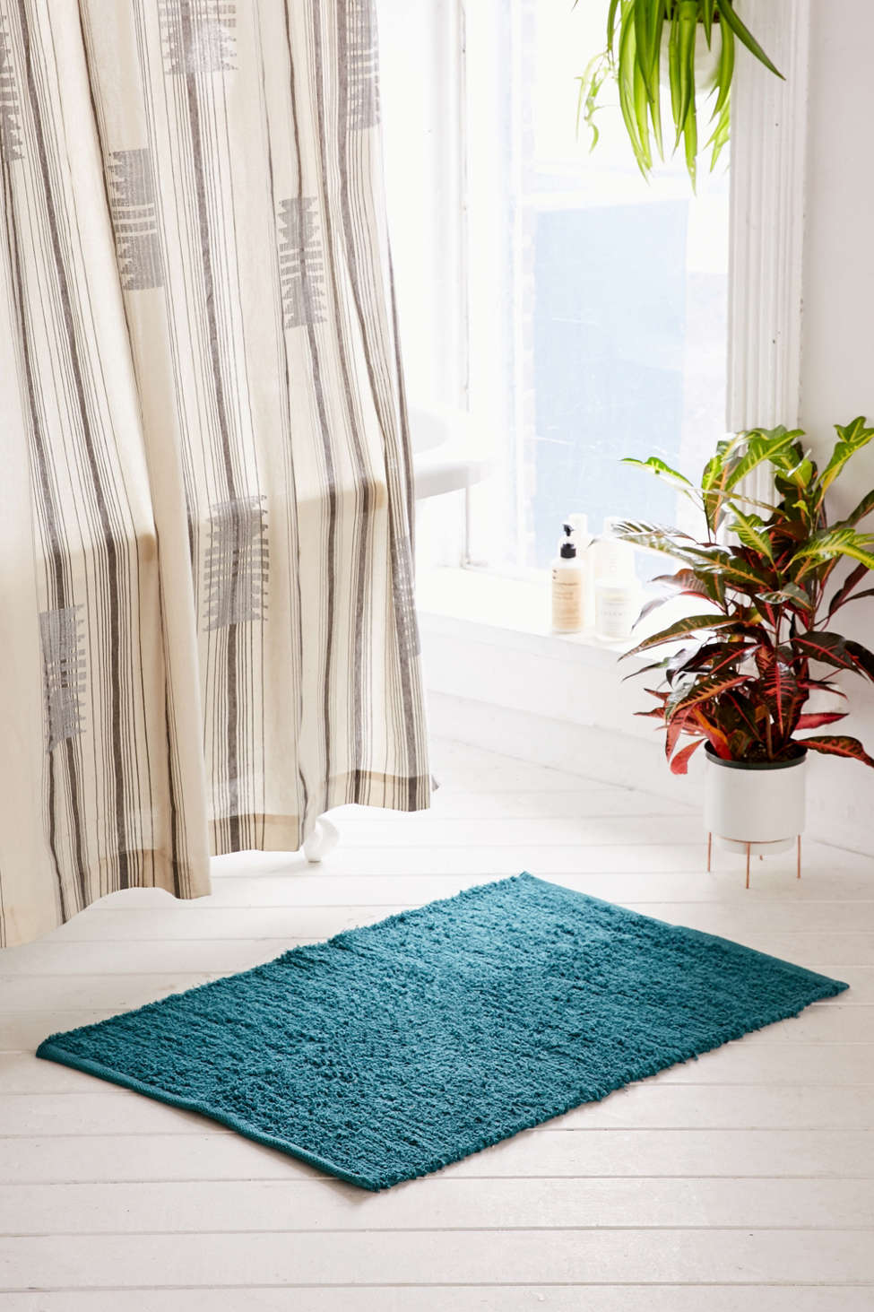 Slide View: 5: Dani Shag Rug