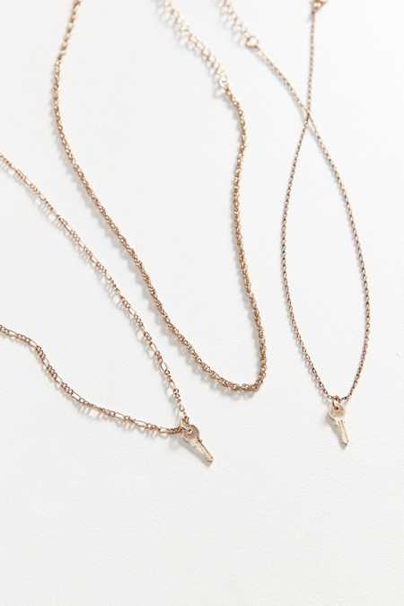Avery Layering Chain Necklace Set