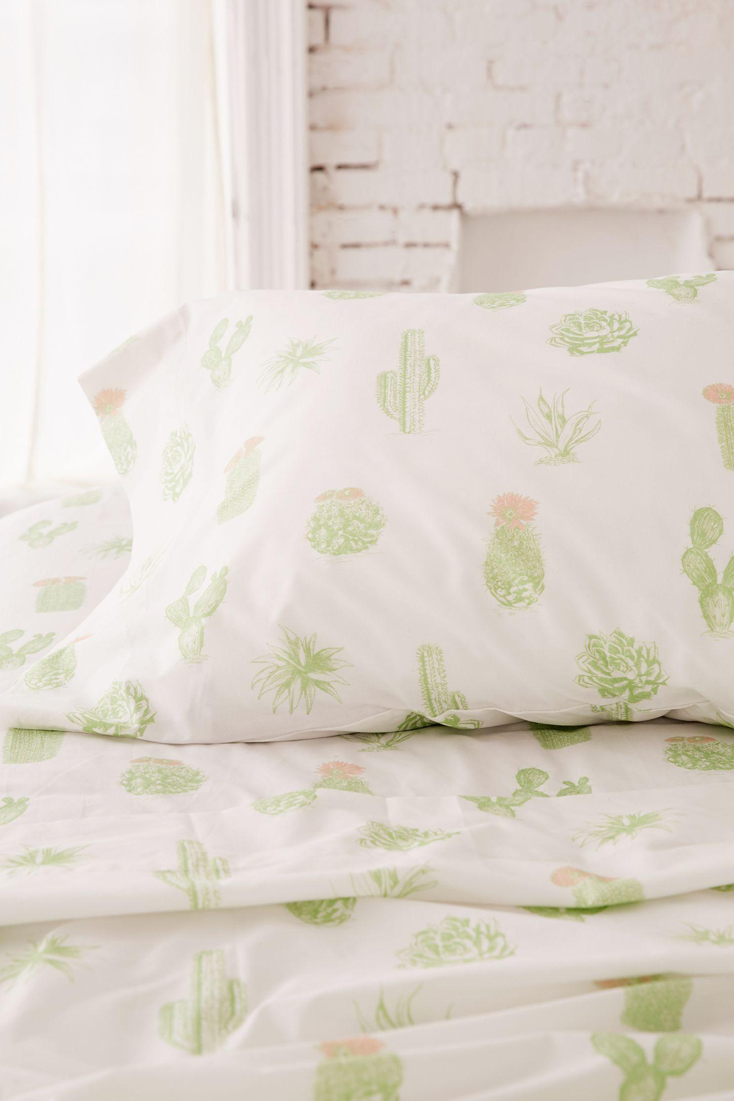 slide view 3 cactus sheet set - Cactus Bedding