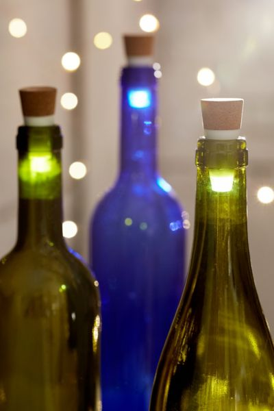 LED Light-Up Cork Bottle Stopper - White One Size at Urban Outfitters