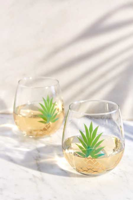 Metallic Pineapple Stemless Wine Glass Set