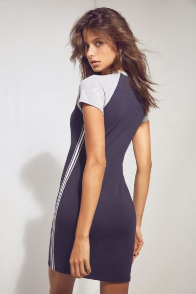 Silence + Noise Fitted T-Shirt Dress - Navy M at Urban Outfitters