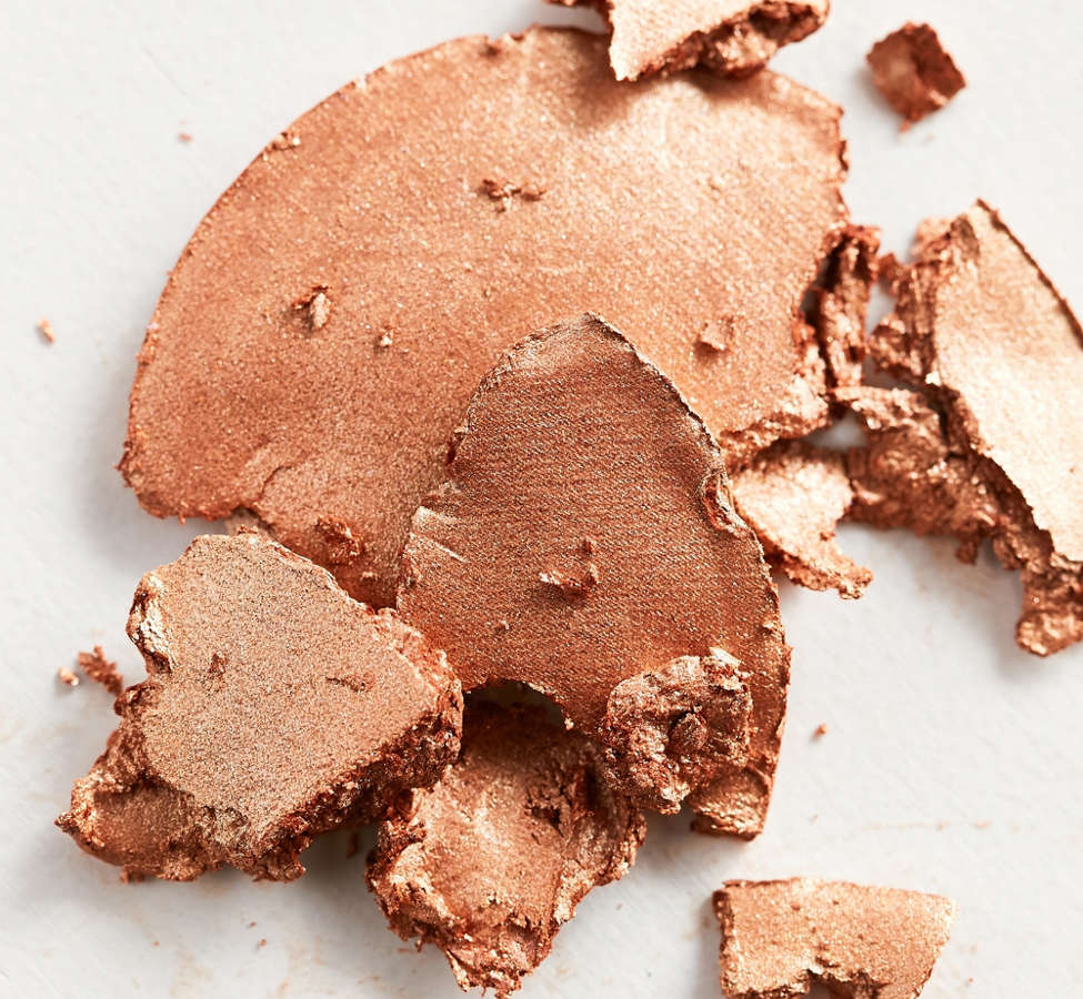 Slide View: 2: Stila Heaven's Hue Highlighter