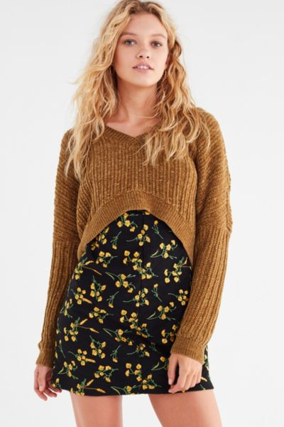 Silence + Noise Slouchy Chenille High/Low V-Neck Sweater - Chartreuse XS at Urban Outfitters