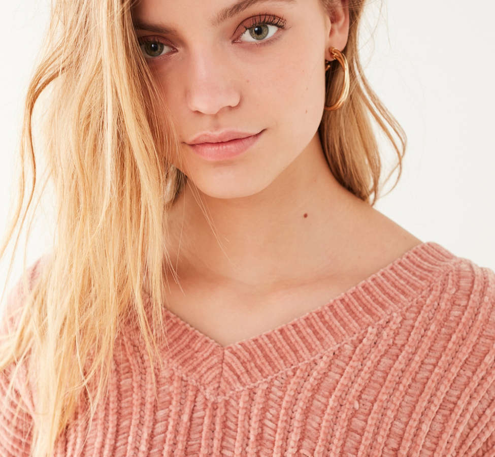 Slide View: 4: Silence + Noise Slouchy Chenille High/Low V-Neck Sweater