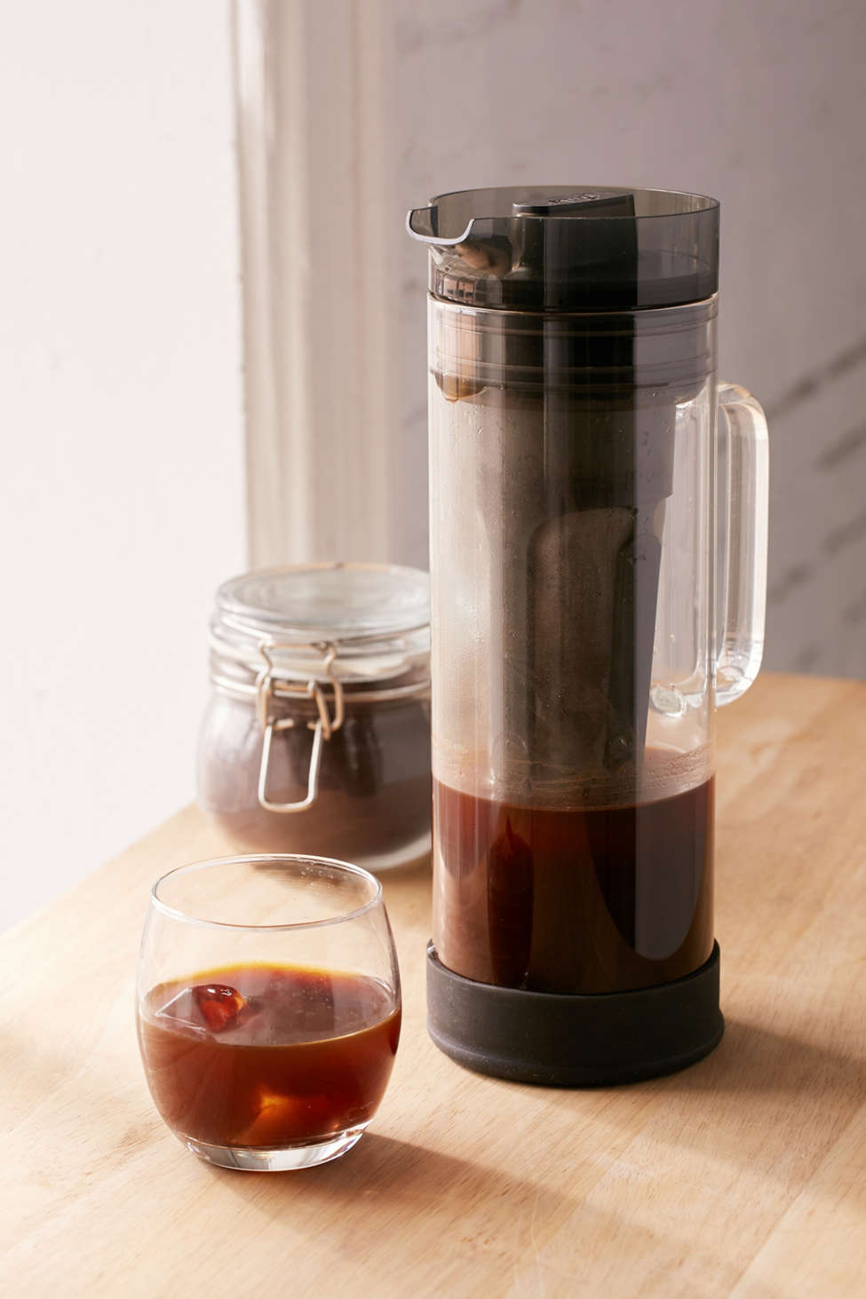 Slide View: 1: Cold Brew Coffee Maker