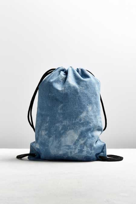 UO Cloud Wash Denim Cinch Backpack