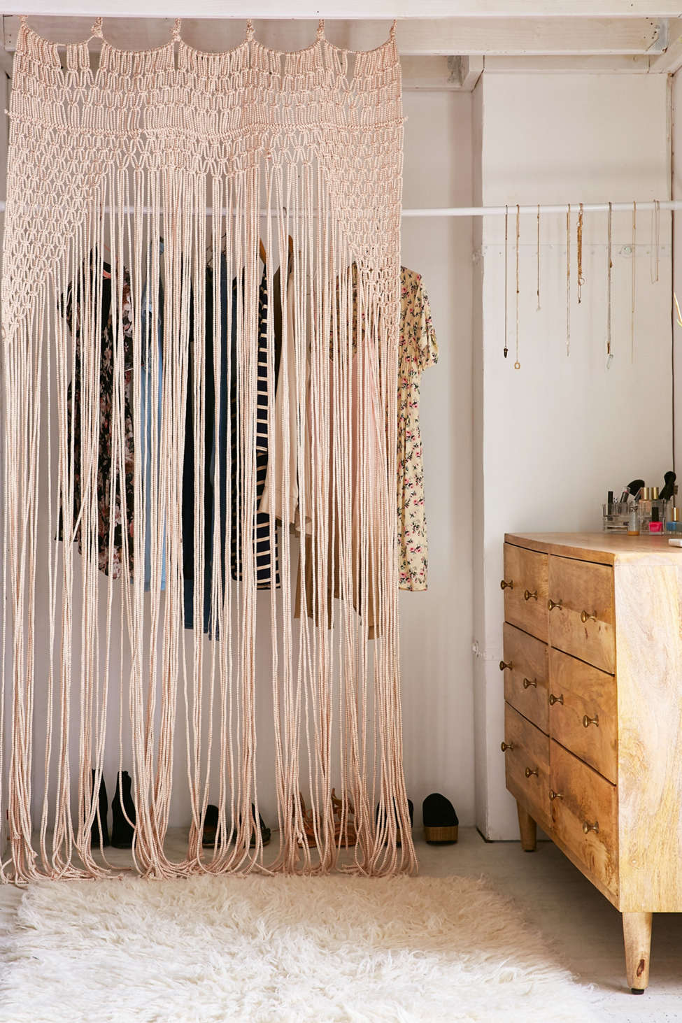 Slide View: 1: Lyra Rose Macrame Portal