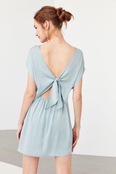 Kimchi blue strapless lace peplum dress