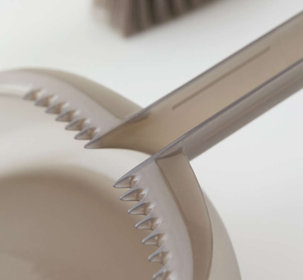 Slide View: 2: Casabella Way Clean Dust Pan Set