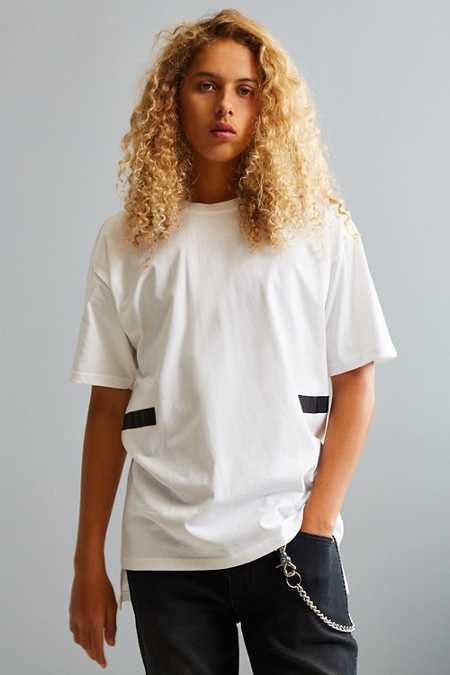 UO Ricardo Taped Tee